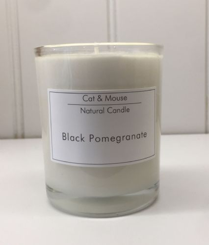 Candle  20cl in a Gift Box - Black Pomegranate
